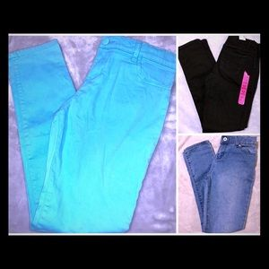 🌸NWOT AND NWT children's place jeans🌸